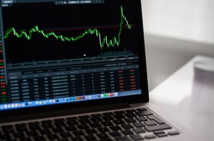 stock-market-2616931_640